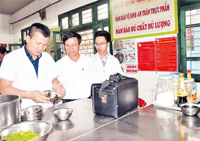 Hà Nội: Xử phạt gần 1,5 tỷ đồng về vi phạm an toàn vệ sinh thực phẩm