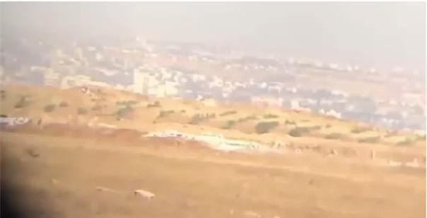 Clip: Phiến quân Syria gấp rút xây dựng đường hào quanh Idlib