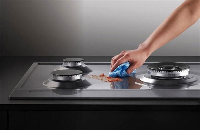 Những mẹo hay giúp đánh bay vết bẩn nhà bếp