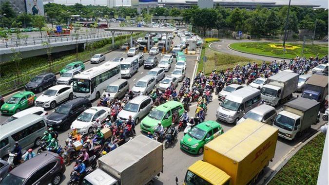 """Kinh doanh vận tải bằng ôtô: """"Cần bỏ ít nhất 1/2 các điều kiện"""""""