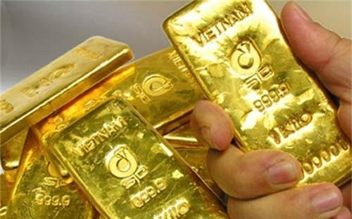 Giá vàng hôm nay 23/8: Donald Trump bị thách thức, vàng vội vùng lên
