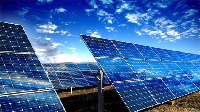 Với nguồn năng tự nhiên, Ninh Thuận là một trong những địa phương được nhà đầu tư về lĩnh vực điện mặt trời chọn lựa để đầu tư vào với mật độ lớn nhất nước