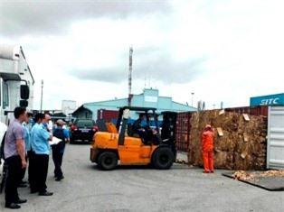 Đôn đốc doanh nghiệp hợp tác xử lý phế liệu nhập khẩu tồn đọng