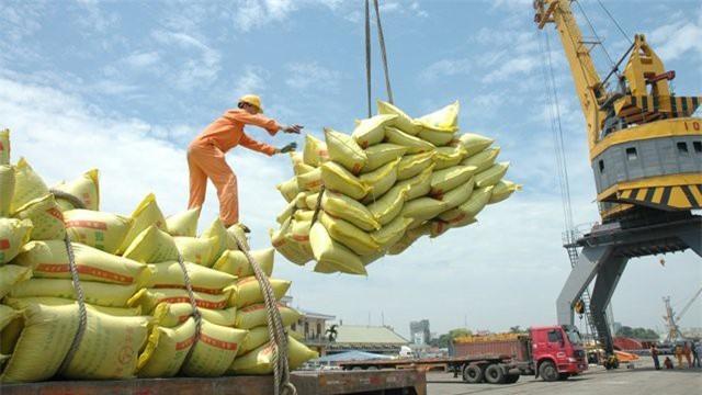 """""""Cởi trói"""" xuất khẩu gạo"""