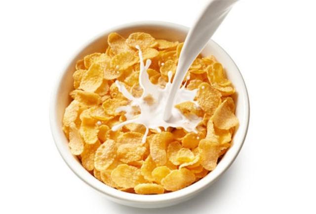 Bữa sáng với sữa giúp giảm lượng đường trong máu suốt cả ngày