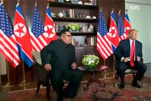 TT Trump bất ngờ nhận thư tay của Chủ tịch Triều Tiên