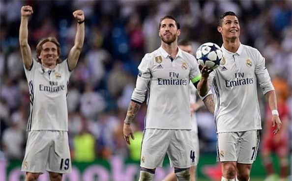 "Sergio Ramos bất ngờ ""chọc ngoáy"" C.Ronaldo"