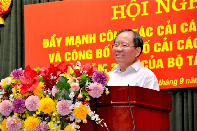 Bộ Tài chính đẩy mạnh cải cách thủ tục hành chính