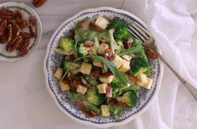 Công thức salad súp lơ vừa ngon lạ miệng lại có tác dụng giảm cân