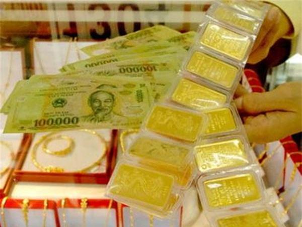 Giá vàng hôm nay (14/9): USD bất ngờ đổ dốc, vàng tăng vọt
