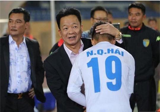 Bầu Hiển ấp ủ giấc mơ đưa Quang Hải sang thi đấu ở Ngoại hạng Anh