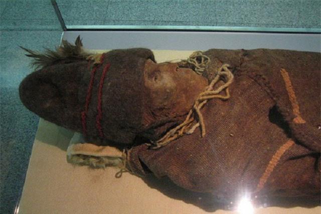 """Bí ẩn kỳ dị về những xác ướp """"người lạ"""" ở Trung Quốc"""