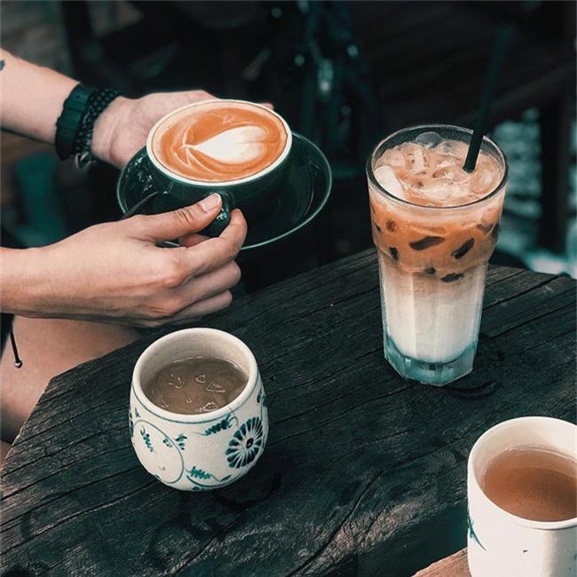 Dân sành cafe Sài Gòn chính hiệu mách bạn 5 địa chỉ thú vị để ngồi lì cả ngày không chán - Ảnh 10.