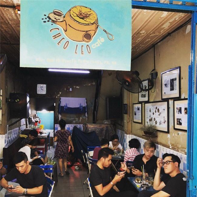 Dân sành cafe Sài Gòn chính hiệu mách bạn 5 địa chỉ thú vị để ngồi lì cả ngày không chán - Ảnh 22.