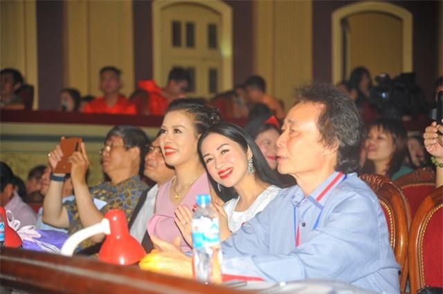 Tiến sỹ nghệ thuật Nguyễn Phương Nga: Nhiều tiết mục trình diễn của doanh nhân rất chuyên nghiệp
