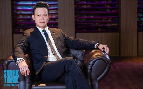 """Đặng Hồng Anh - Thiếu gia nhà Thành Thành Công sẽ thay thế """"ghế nóng"""" của Shark Thuỷ"""