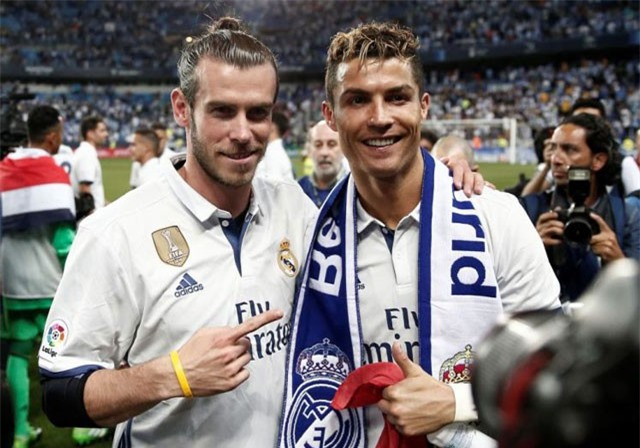 "Gareth Bale ""chửi xéo"" cả HLV Zidane và Ronaldo"
