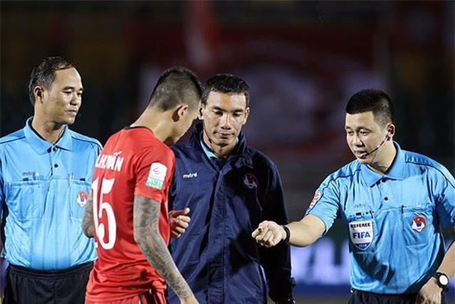 SỐC: Trọng tài V-League bất ngờ qua đời vì tai nạn