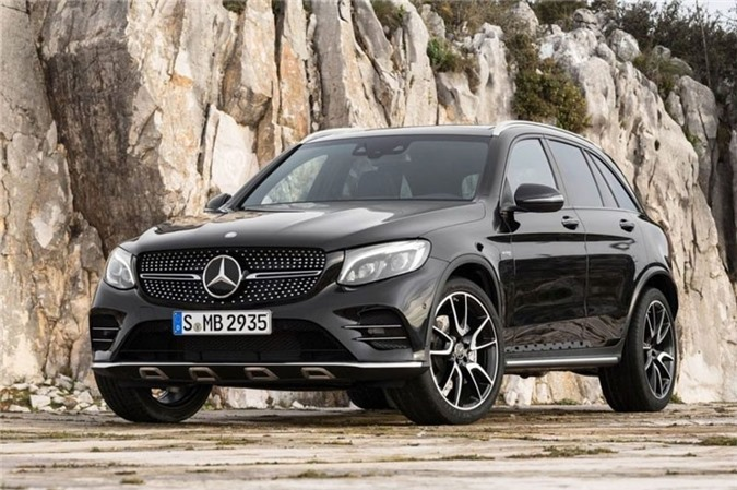8. Mercedes-Benz GLC-Class 2019.