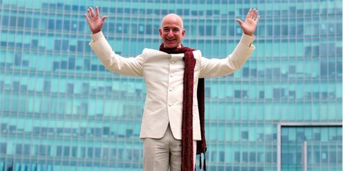 Cách tốt nhất Jeff Bezos nên làm với khối tài sản 168 tỷ USD
