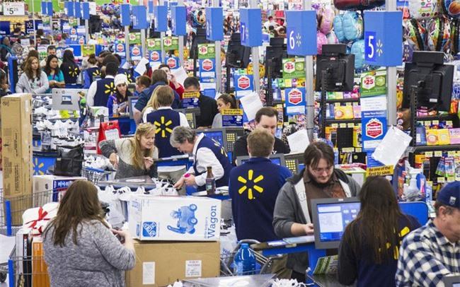 Walmart điêu đứng vì thuế quan của ông Trump