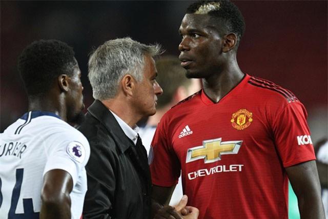 Mourinho có động thái cực bất ngờ với Pogba