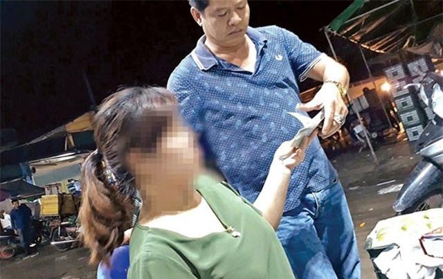 Chủ tịch Hà Nội chỉ đạo điều tra hoạt động 'bảo kê' ở chợ Long Biên