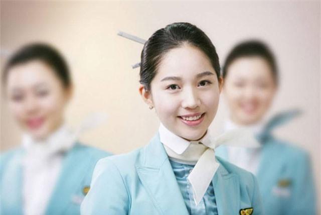 Ngắm những nữ tiếp viên Hàn xinh như tiên trong đồng phục tuyệt đẹp