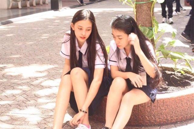 Tiết lộ hình ảnh thuở thơ ấu của dàn Hoa hậu, Á hậu Việt Nam 2018