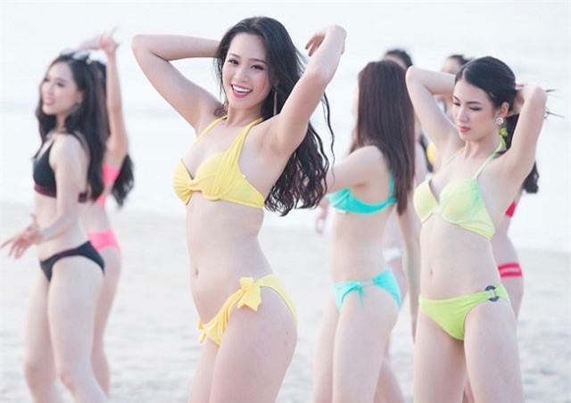 Đọ vẻ gợi cảm của 3 Người đẹp Biển Hoa hậu Việt Nam