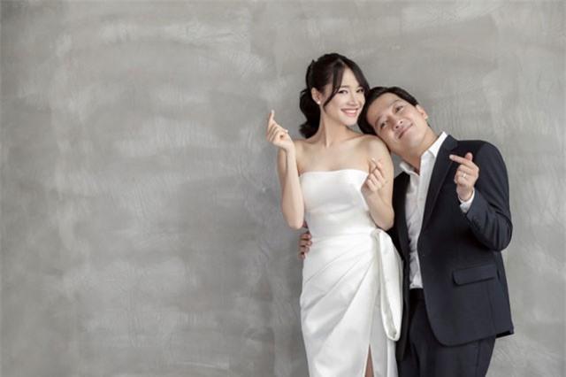 5 điểm trùng hợp bất ngờ giữa 2 đám cưới của Trấn Thành và Trường Giang