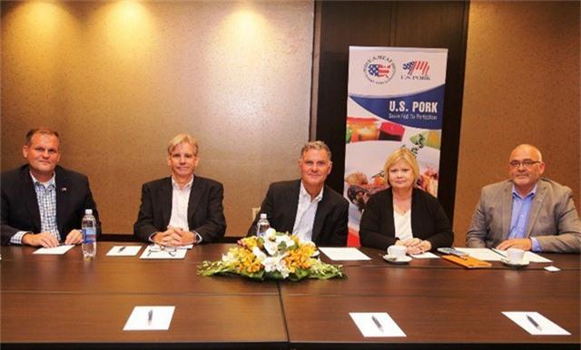 Hiệp hội chăn nuôi heo Hoa Kỳ đến Việt Nam tìm hiểu thị trường và thị hiếu của người dân. Ảnh: Đại Việt