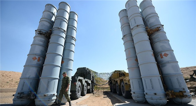"""Cấp tên lửa S-300 cho Syria: Nga lại """"đáp lời"""" Mỹ"""