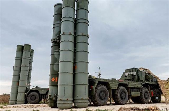 Điện Kremlin giải thích lý do đưa 'lá chắn tên lửa' S-300 đến Syria