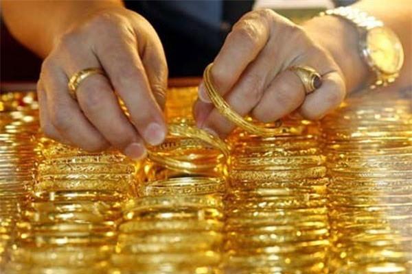 Giá vàng hôm nay (26/9): Nỗi sợ trong lòng nước Mỹ, vàng tăng nhanh