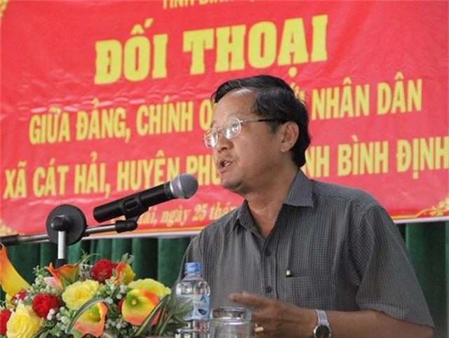Phan Việt Hùng - Phó Trưởng ban Khu kinh tế tỉnh Bình Định thừa nhận nhận khuyết điểm và xin lỗi người dân.