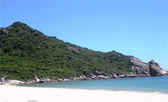 Biển Vĩnh Hội đẹp nhưng chưa được khai thác.