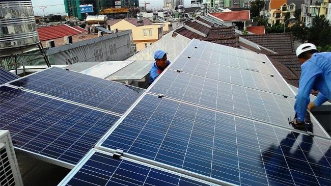 Lắp điện mặt trời áp mái được bảo hiểm