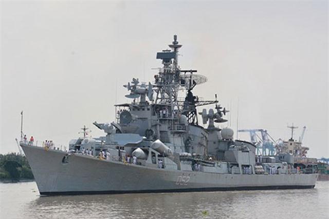 Chiến hạm Ấn Độ, Canada, New Zealand thăm Việt Nam
