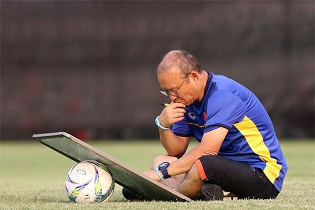 HLV Park Hang Seo tuyển quân dự AFF Cup: Bản danh sách bất ngờ?