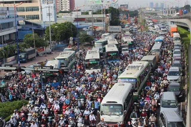 Giải pháp nào để chống ùn tắc cho giao thông Hà Nội?