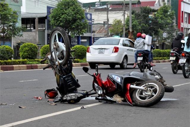 Tai nạn giao thông gây tổn thất 300 tỷ đồng/ngày
