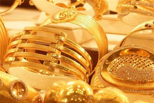GIÁ VÀNG NGÀY 1/10: USD tăng cao, vàng tiếp tục đi xuống