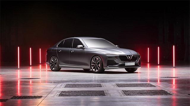 Truyền thông quốc tế khen, chê 2 mẫu xe mới của VinFast thế nào?