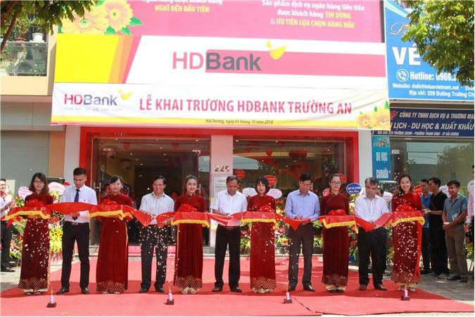 HDBank khai trương điểm giao dịch thứ 4 tại Hải Dương