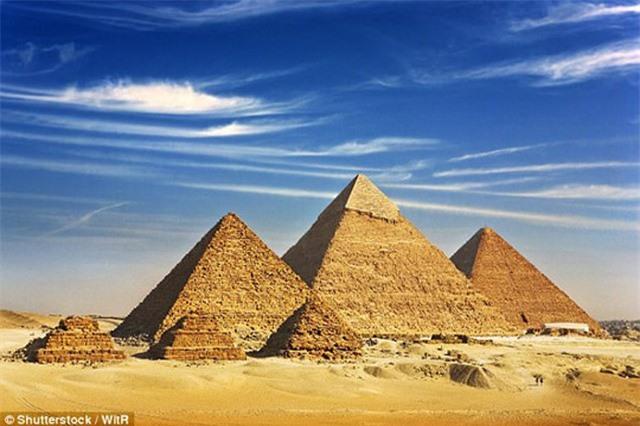 """Giải mã """"phép phù thủy"""" xây kim tự tháp Giza"""