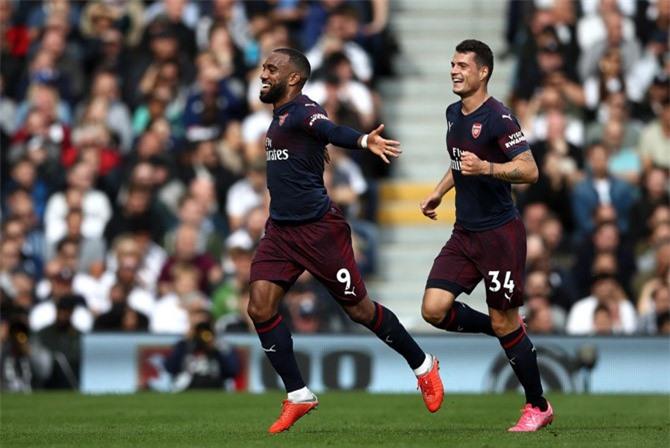 Clip: Lacazette-Aubamayeng cùng lập cú đúp, Arsenal thắng 'hủy diệt'