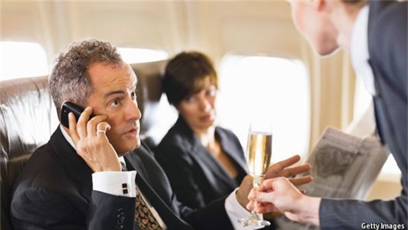 Quy định trên sẽ được áp dụng với mọi hành khách của các chuyến bay.