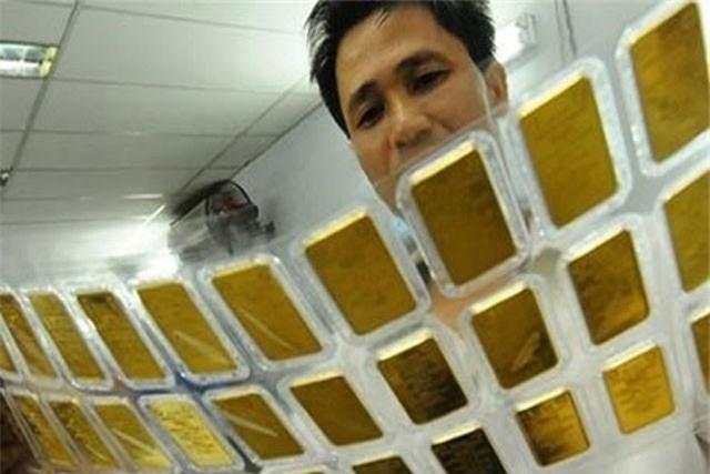 GIÁ VÀNG NGÀY 9/10: USD tăng vô cực, vàng bán tháo không dừng