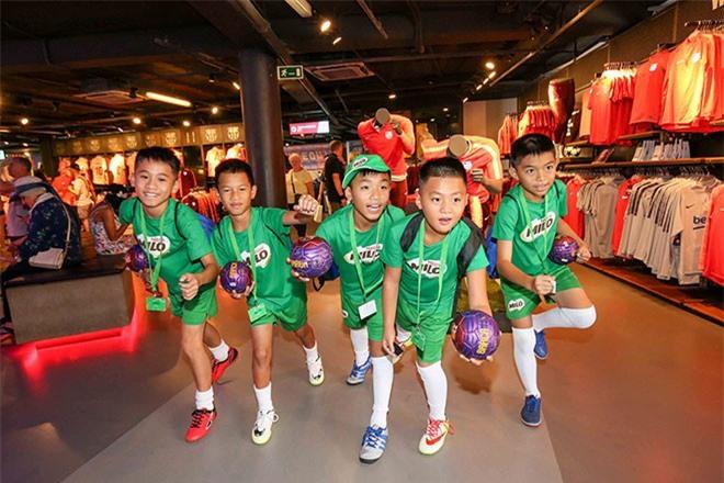 5 hạt giống bóng đá Việt tham gia tập huấn tại CLB Barcelona